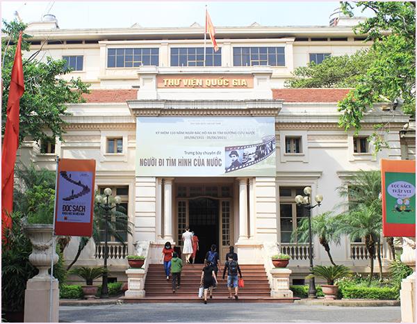 Tổ chức Trưng bày chuyên đề kỷ niệm 110 năm Ngày Bác Hồ ra đi tìm đường cứu nước tại Thư viện Quốc gia Việt Nam - Ảnh 1.
