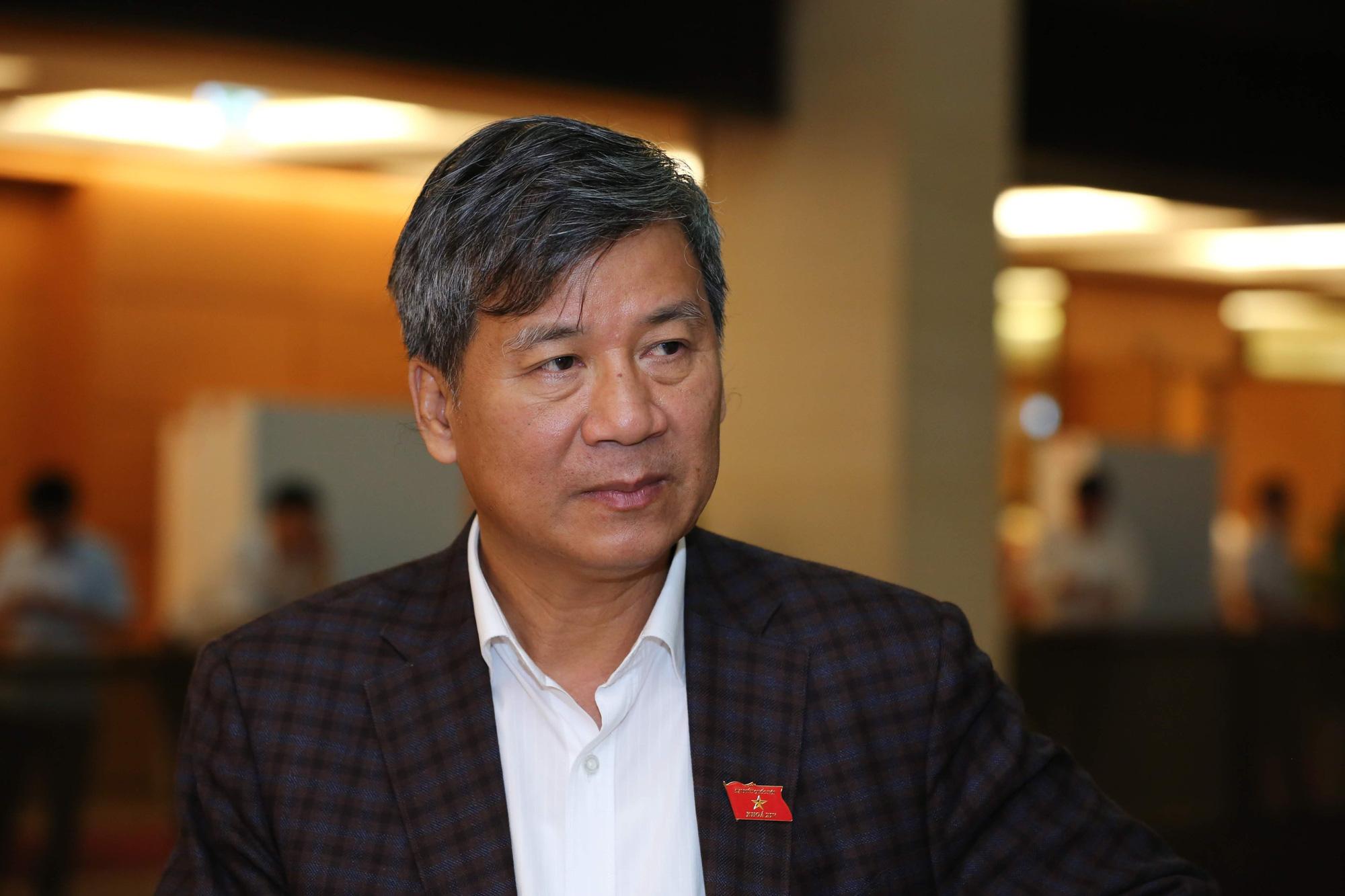 """GS Nguyễn Anh Trí: Nên triển khai thí điểm """"hộ chiếu vaccine"""" ngay chứ không cần chờ đến lúc miễn dịch cộng đồng - Ảnh 1."""