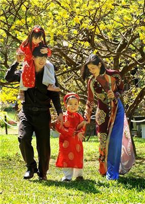 Góp ý Dự thảo Chiến lược Phát triển văn hóa đến năm 2030: Xây dựng văn hóa gia đình - Nhiệm vụ trọng tâm của Chiến lược phát triển văn hóa - Ảnh 1.