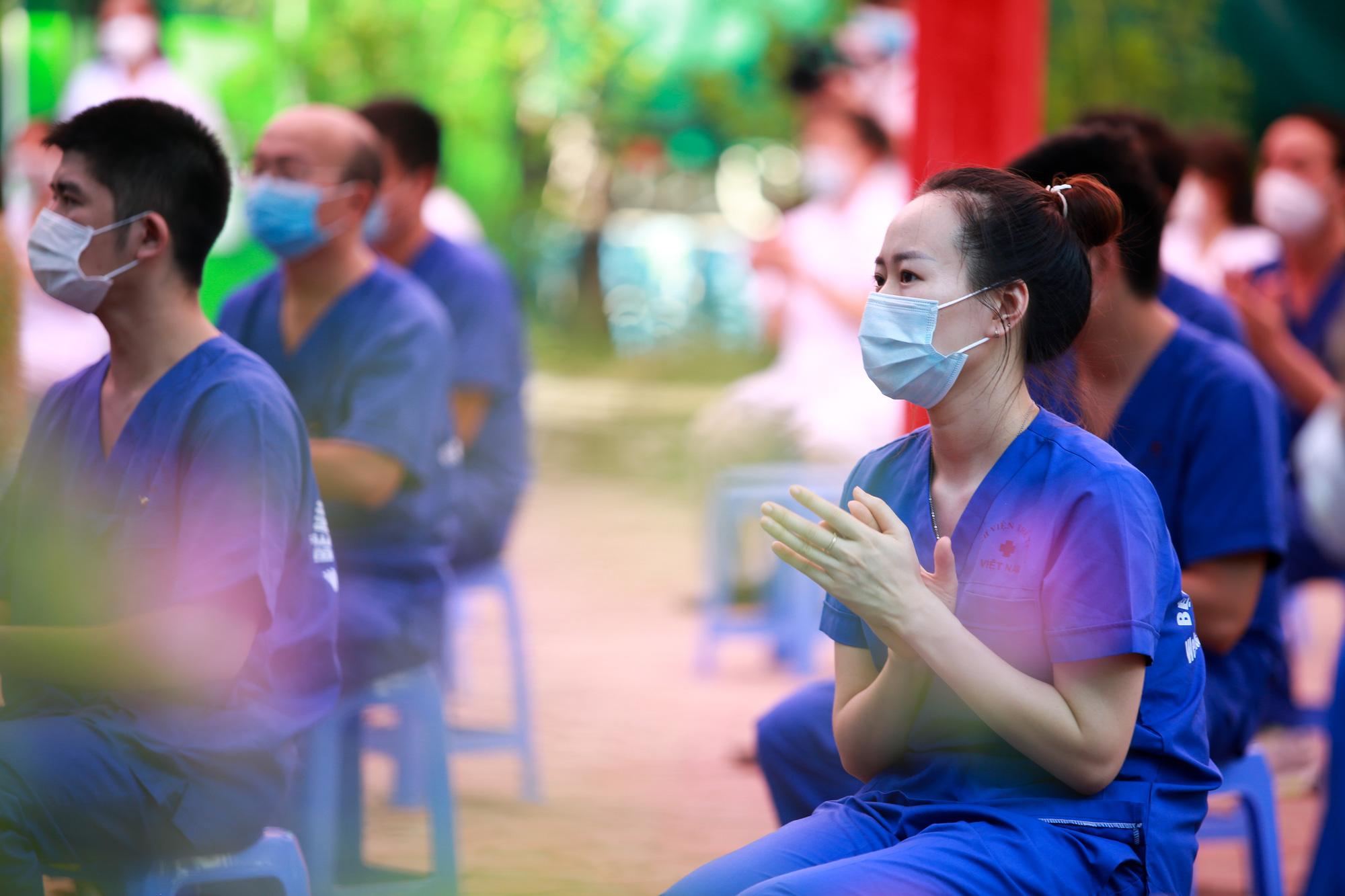 Bệnh viên Thể thao Việt Nam xuất quân tăng cường lực lượng vào miền Nam chống dịch - Ảnh 5.