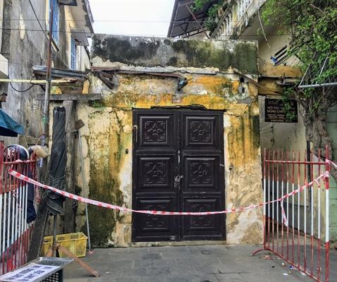 Tăng cường phòng chống lụt bão cho 43 di tích xuống cấp trong khu phố cổ Hội An - Ảnh 1.