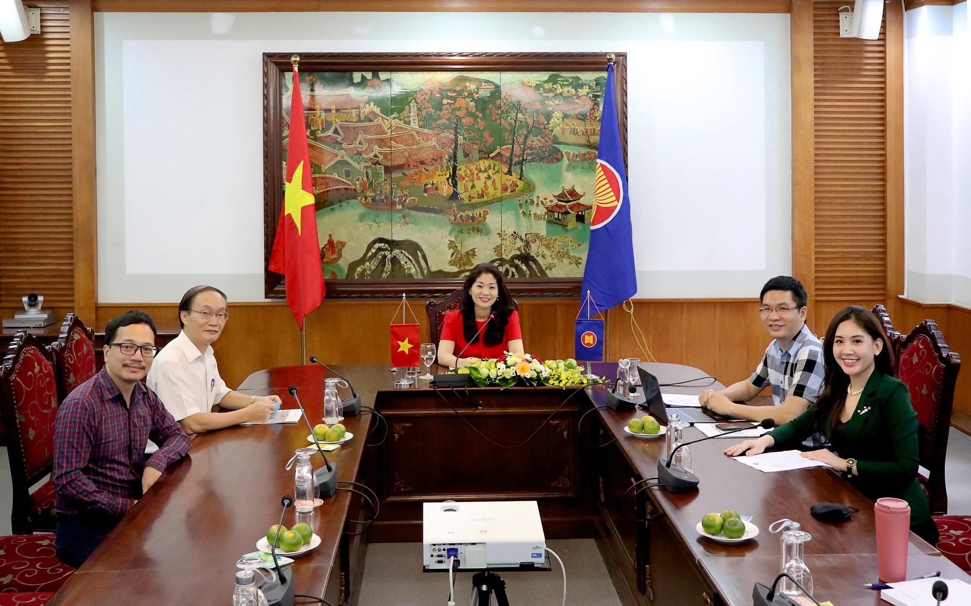 Đẩy mạnh hợp tác văn hóa và thông tin vì sự phát triển bền vững của ASEAN - Ảnh 1.