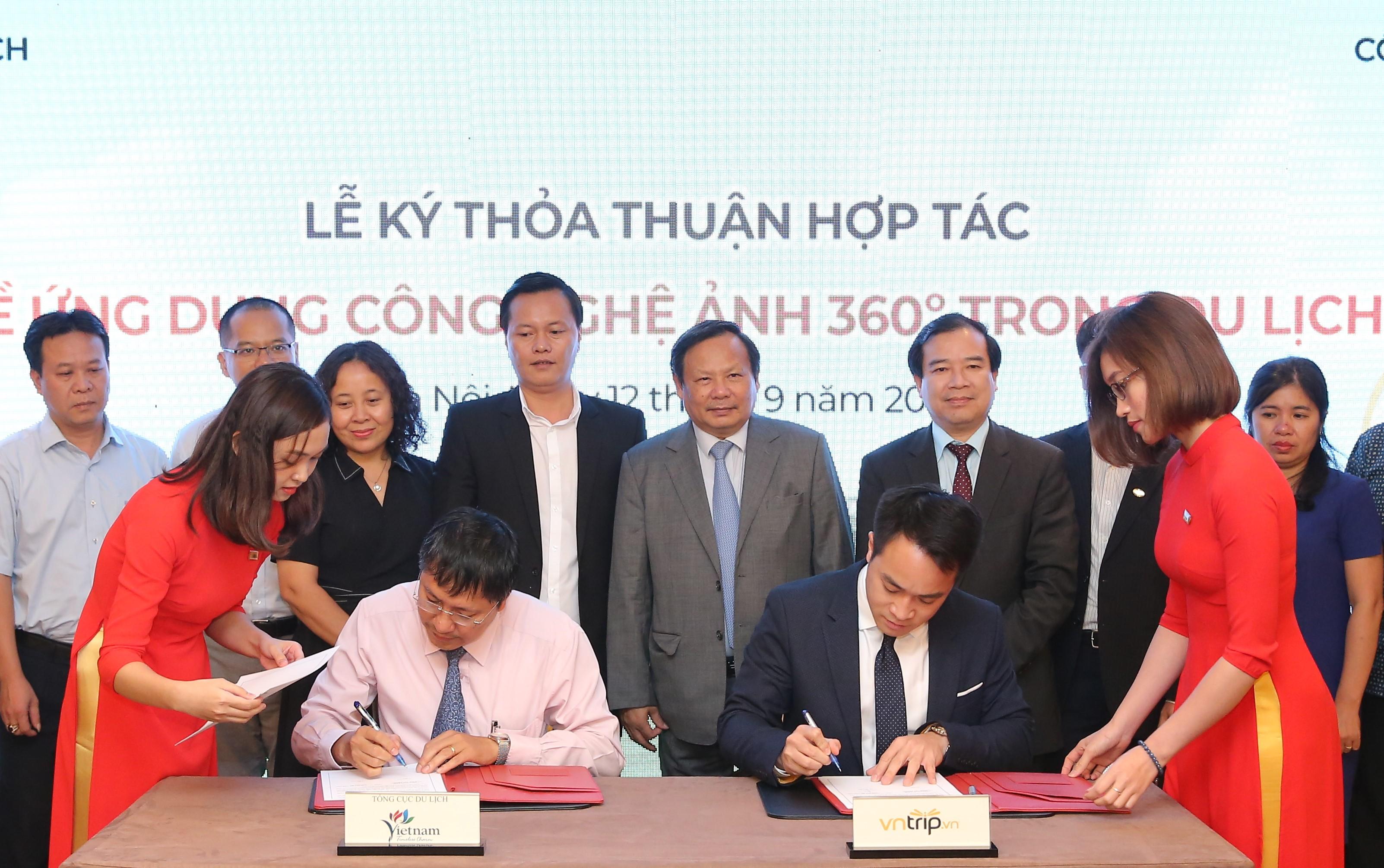 """Tổng cục Du lịch và Công ty Cổ phần Việt Nam Trip (VnTrip) ký thỏa thuận hợp tác về triển khai """"Ứng dụng công nghệ ảnh 360 độ trong du lịch"""""""