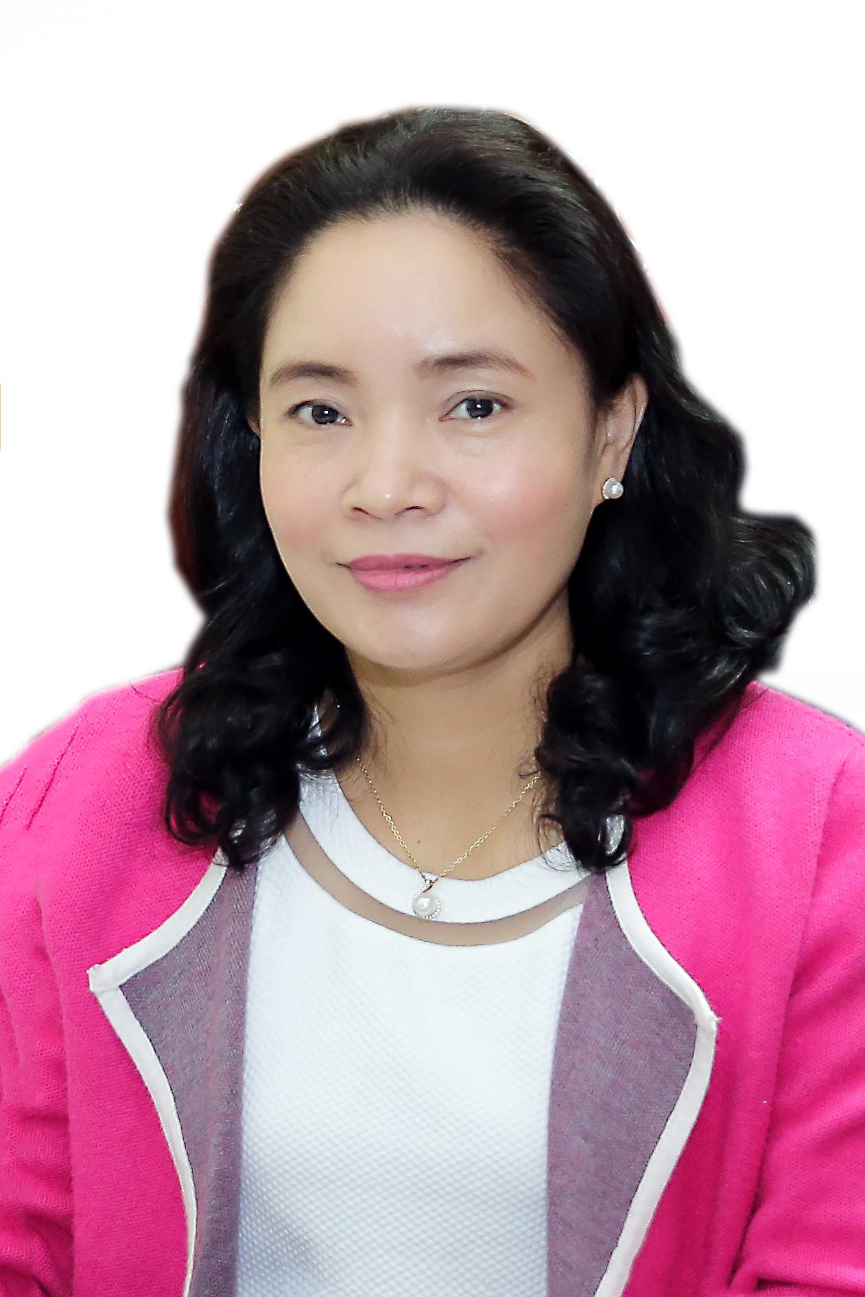 Thứ trưởng Trịnh Thị Thủy