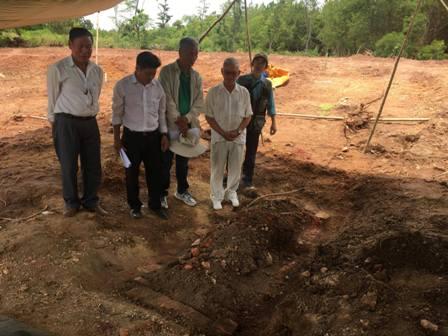 Vụ việc phát hiện bia đá cổ tại dự án bãi đỗ xe lăng Tự Đức – lăng Đồng Khánh được dư luận rất quan tâm trong thời gian qua.