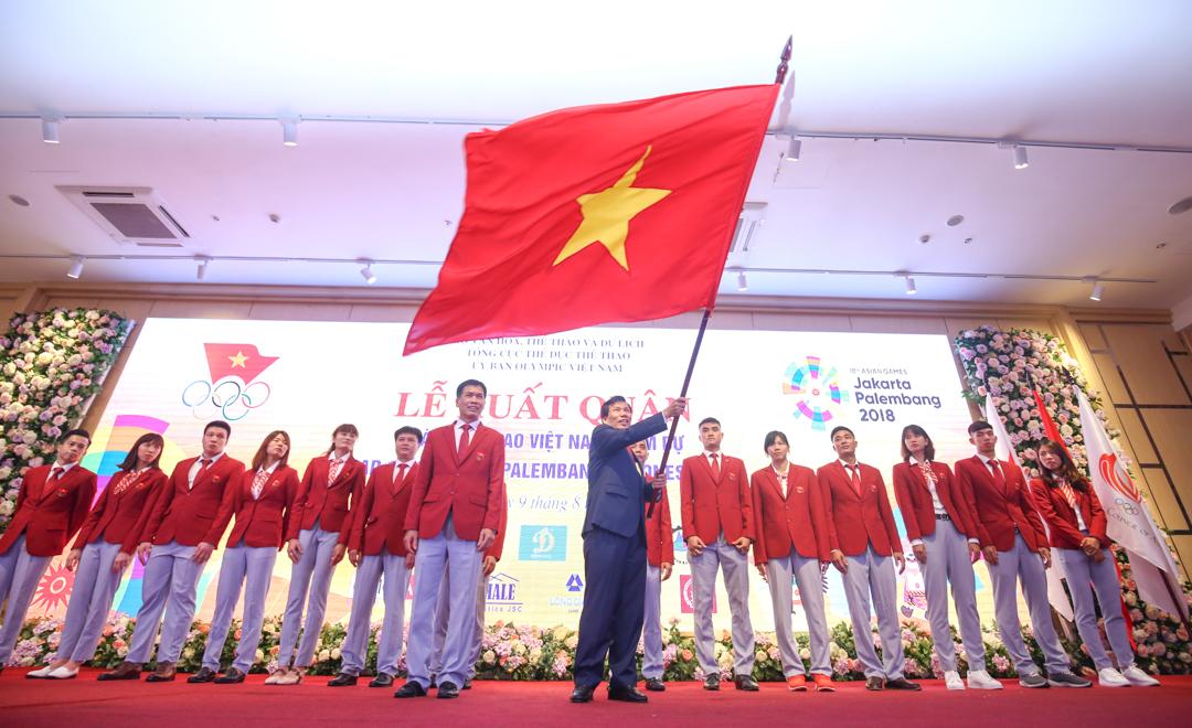 Bộ trưởng Nguyễn Ngọc Thiện chúc các vận động viên đoàn kết, tự tin, giành thành tích tốt nhất tại ASIAD 2018
