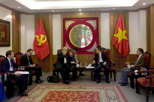 Thứ trưởng Lê Khánh Hải tiếp đặc phái viên của Tổng thống Liên bang Nga - Ảnh 1.