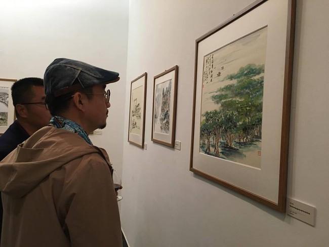 Khai mạc triển lãm tác phẩm nghệ thuật giao lưu văn hóa truyền thống Việt – Trung - Ảnh 3.