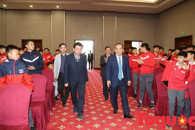Thứ trưởng Lê Khánh Hải: PVF sẽ là nơi đào tạo ra những lứa cầu thủ vừa tài, vừa đức - Ảnh 4.