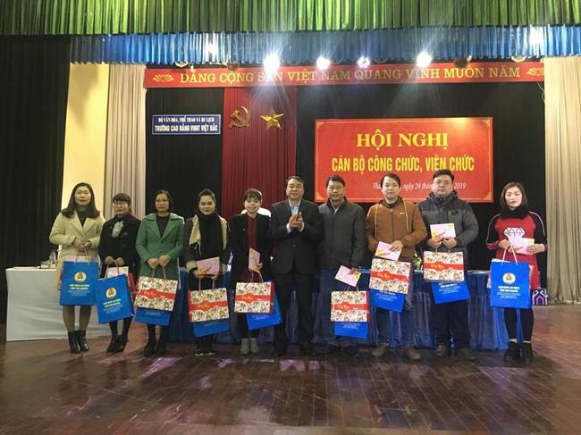 Trường Cao đẳng Văn hóa nghệ thuật Việt Bắc triển khai 8 nhiệm vụ trọng tâm năm 2019 - Ảnh 2.