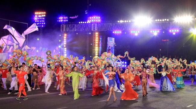 Đẩy mạnh công tác truyền thông về Năm Du lịch quốc gia 2019 - Nha Trang, Khánh Hòa - Ảnh 1.