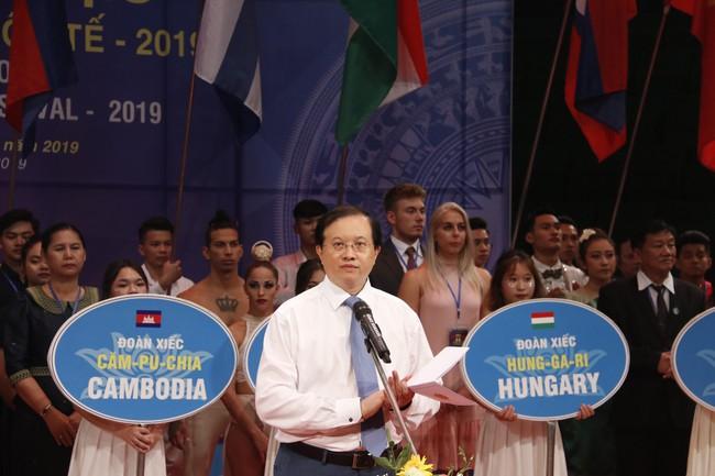 Hấp dẫn, lôi cuốn Khai mạc liên hoan Xiếc quốc tế 2019 - Ảnh 1.