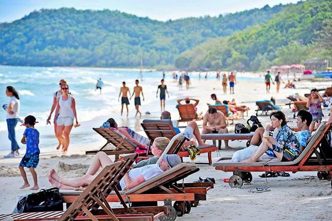 Khánh Hòa: Tăng cường quản lý hoạt động kinh doanh du lịch, lữ hành - Ảnh 1.