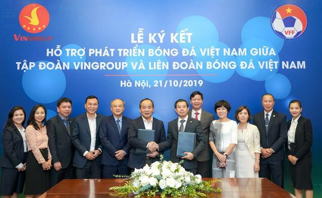 Ký kết thỏa thuận hợp tác chiến lược hỗ trợ phát triển bóng đá Việt Nam - Ảnh 2.