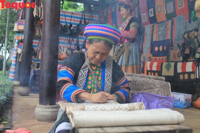 Festival nghề truyền thống Huế 2019: Thu hút sự tham gia của nhiều thành phố quốc tế - Ảnh 1.