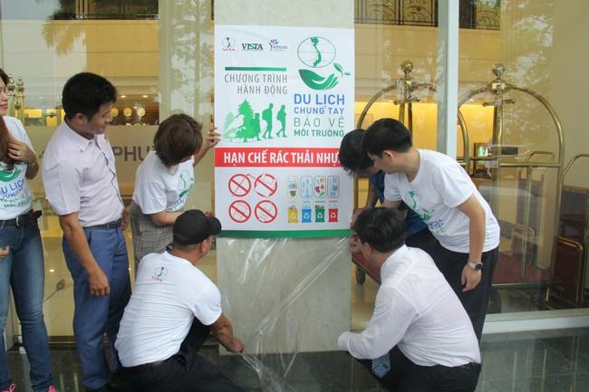Phú Thọ phát động Du lịch chung tay bảo vệ môi trường, hạn chế rác thải nhựa - Ảnh 3.