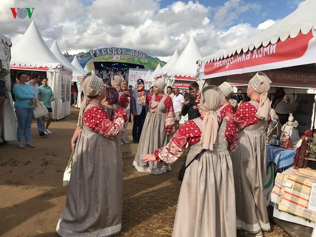 """Festival """"Cánh đồng Nga"""" - Nơi hội tụ nghệ thuật Slavơ - Ảnh 6."""