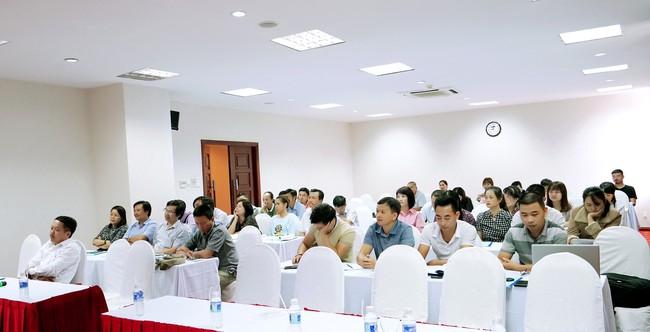 Tập huấn Nâng cao kiến thức chuyên môn trong giảng dạy mỹ thuật cho giảng viên, giáo viên các cơ sở đào tạo văn hóa nghệ thuật trên toàn quốc - Ảnh 2.