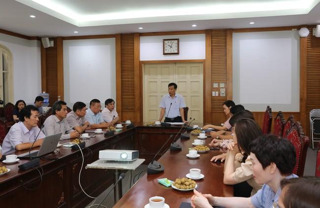 Kỷ niệm 72 năm ngày Thương binh – Liệt sĩ: Bộ trưởng Nguyễn Ngọc Thiện gặp mặt các cán bộ, nhân viên ngành VHTTDL là con liệt sĩ - Ảnh 2.