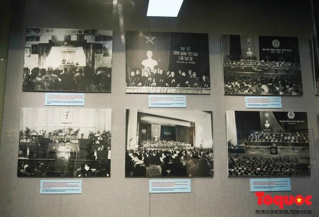 Khai mạc trưng bày 300 hiện vật, hình ảnh tái hiện 90 năm xây dựng và phát triển Công đoàn Việt Nam - Ảnh 4.