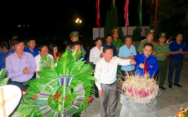 Đoàn thanh niên Bộ VHTTDL với các hoạt động kỉ niệm 72 năm Ngày Thương binh – Liệt sĩ tại huyện Hương Sơn, Hà Tĩnh - Ảnh 1.