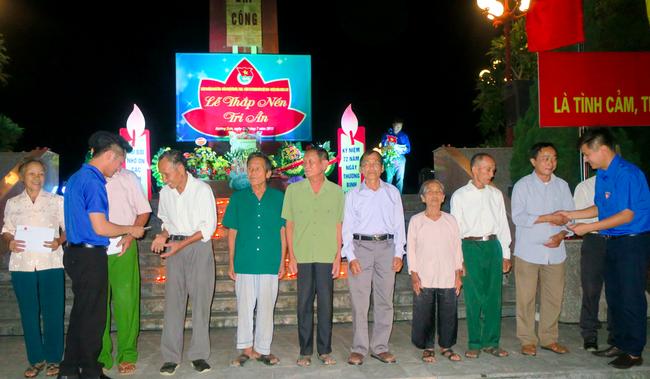 Đoàn thanh niên Bộ VHTTDL với các hoạt động kỉ niệm 72 năm Ngày Thương binh – Liệt sĩ tại huyện Hương Sơn, Hà Tĩnh - Ảnh 2.