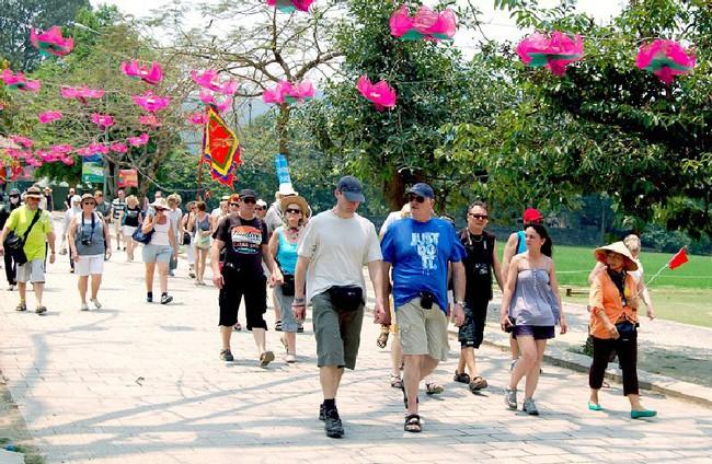 """Tổ chức Hội nghị """"Tăng cường thu hút khách quốc tế đến Việt Nam""""  - Ảnh 1."""