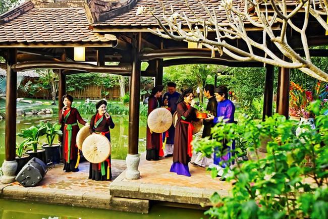 Bắc Ninh tổ chức Chương trình hát Dân ca Quan họ trên thuyền - Ảnh 1.