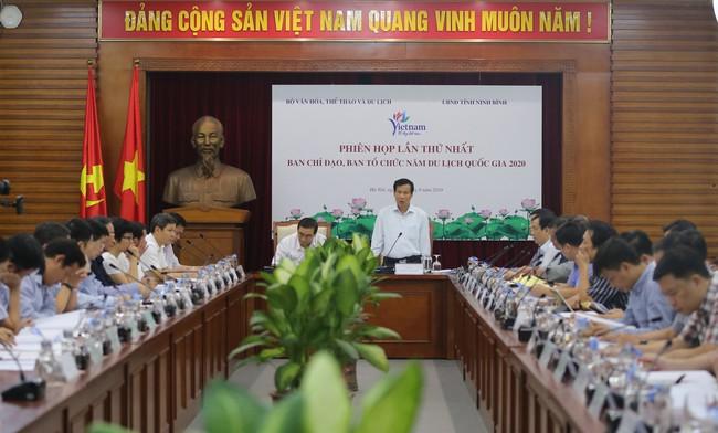 """Bộ trưởng Nguyễn Ngọc Thiện: """"Ninh Bình cần tận dụng cơ hội là địa phương đăng cai tổ chức Năm Du lịch Quốc gia 2020 để tạo ra bứt phá"""" - Ảnh 1."""