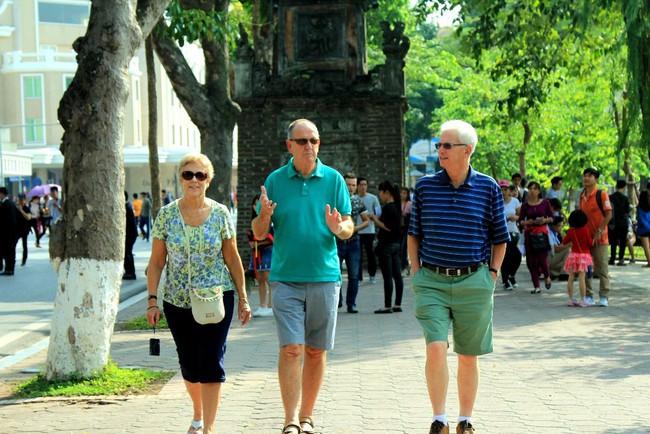 Hơn 500.000 lượt khách quốc tế đến Hà Nội trong tháng 8/2019 - Ảnh 1.