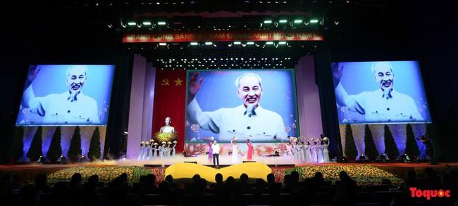 Lễ kỷ niệm cấp Quốc gia 50 năm thực hiện Di chúc của Chủ tịch Hồ Chí Minh và 50 năm Ngày mất của Người - Ảnh 1.