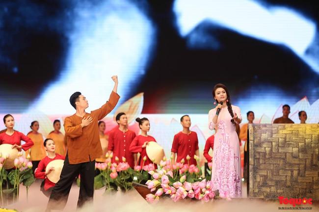 Lễ kỷ niệm cấp Quốc gia 50 năm thực hiện Di chúc của Chủ tịch Hồ Chí Minh và 50 năm Ngày mất của Người - Ảnh 15.