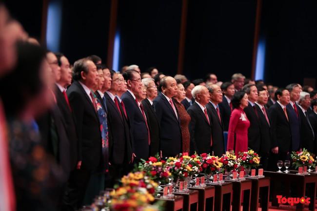 Lễ kỷ niệm cấp Quốc gia 50 năm thực hiện Di chúc của Chủ tịch Hồ Chí Minh và 50 năm Ngày mất của Người - Ảnh 2.
