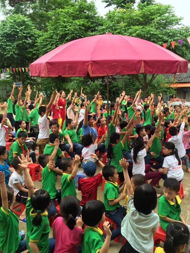 Thư viện tỉnh Lạng Sơn với việc phục vụ cộng đồng bằng xe ô tô Thư viện lưu động - Ảnh 4.