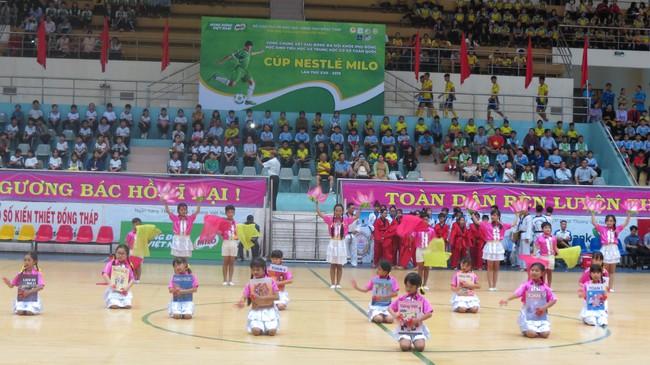 Khai mạc vòng chung kết Giải Bóng đá Hội khỏe Phù Đổng học sinh toàn quốc Cúp Nestlé Milo lần thứ 17 năm 2019 - Ảnh 2.