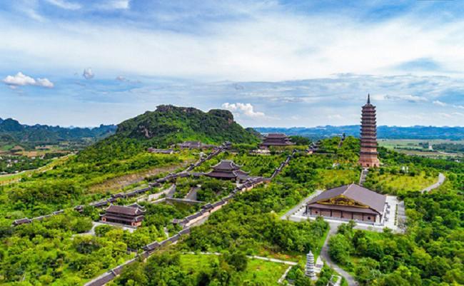 Từ tỉnh bốn B, Ninh Bình trở thành điểm du lịch hấp dẫn - Ảnh 1.