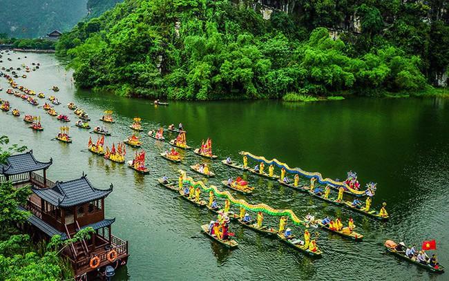 Từ tỉnh bốn B, Ninh Bình trở thành điểm du lịch hấp dẫn - Ảnh 2.