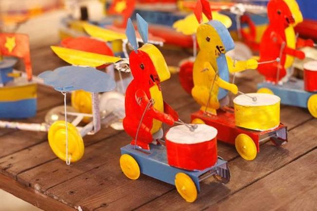Bộ sưu tập đồ chơi truyền thống gắn liền với Tết Trung thu - Ảnh 3.