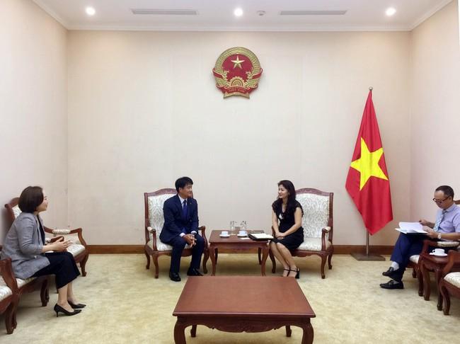 Lãnh đạo Cục Hợp tác quốc tế tiếp Trưởng đại điện tập đoàn KUMHO tại Việt Nam - Ảnh 1.