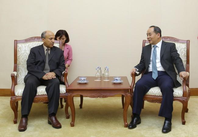 Thứ trưởng Lê Khánh Hải tiếp Đại sứ Vương quốc Ả Rập Xê Út tại Việt Nam Saud F.M.Al Suwelim - Ảnh 2.