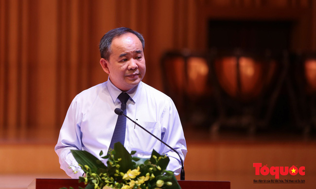 Thứ trưởng Lê Khánh Hải: Phải xử lý nghiêm khắc nhất hành vi đốt pháo sáng của CĐV Nam Định - Ảnh 1.