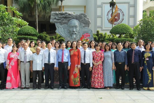 Thứ trưởng Tạ Quang Đông dự lễ khai giảng năm học 2019-2020 của trường Đại học Văn hóa Hà Nội - Ảnh 4.