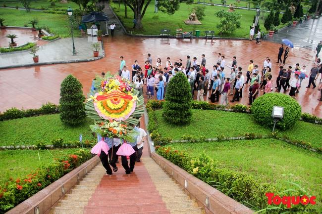 Đảng ủy Bộ VHTTDL dâng hương tại Thành Cổ Quảng Trị và Nhà lưu niệm cố Tổng Bí thư Lê Duẩn - Ảnh 5.