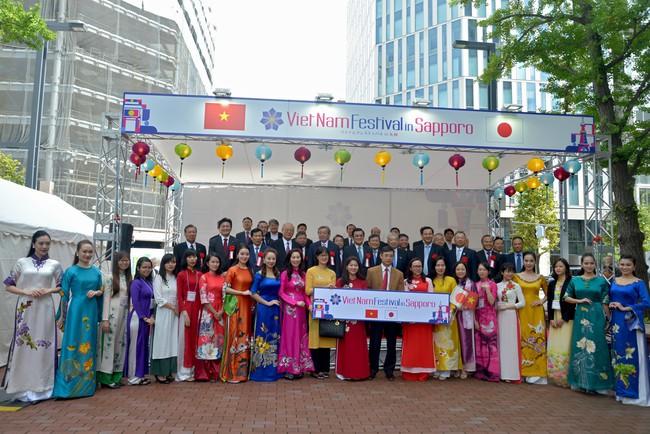 Khai mạc Lễ hội Việt Nam tại Sapporo năm 2019 lần thứ nhất - Ảnh 4.