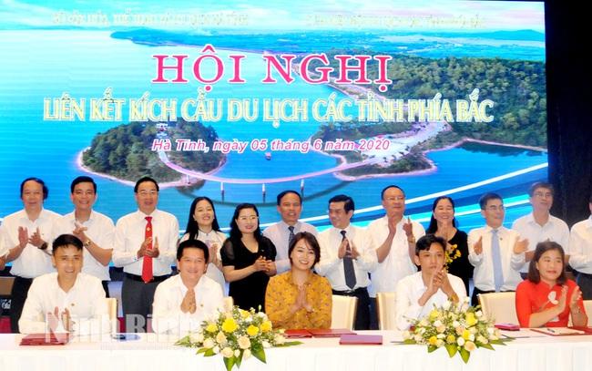 Đưa du lịch Ninh Bình trở thành ngành kinh tế mũi nhọn - Ảnh 1.