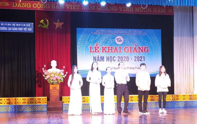 Cao đẳng Văn hóa nghệ thuật Việt Bắc khai giảng năm học mới 2020 – 2021 - Ảnh 3.