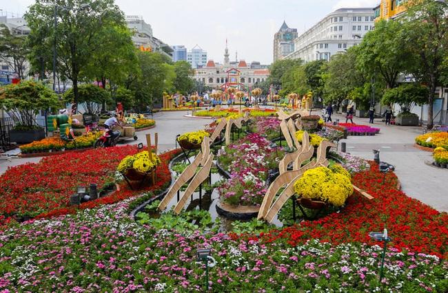 TP Hồ Chí Minh ban hành kế hoạch tổ chức Hội hoa Xuân và Chợ hoa Tết Tân Sửu  - Ảnh 1.