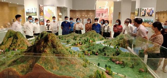 Công tác tuyên truyền, giáo dục tại Bảo tàng tỉnh Yên Bái - thực trạng và giải pháp - Ảnh 1.