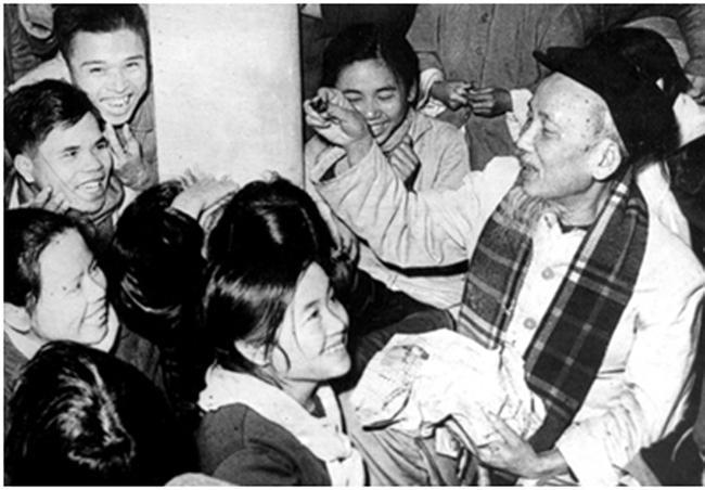 Nền văn hóa của nước nhà lấy hạnh phúc của đồng bào, của dân tộc làm cơ sở - Ảnh 2.