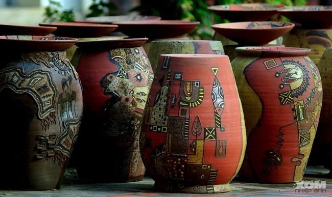 Tổ chức Triển lãm Gốm nghệ thuật Việt Nam – 2021 - Ảnh 1.